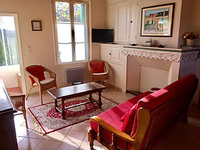 gite-maison-du-saule-location-salon.jpg