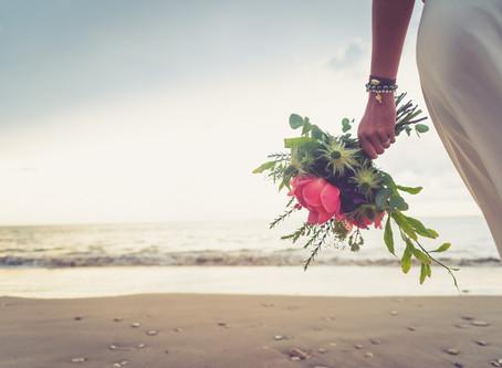 Escapade amoureuse en Ré. Séance inspiration mariage à la plage { Ile de Ré }