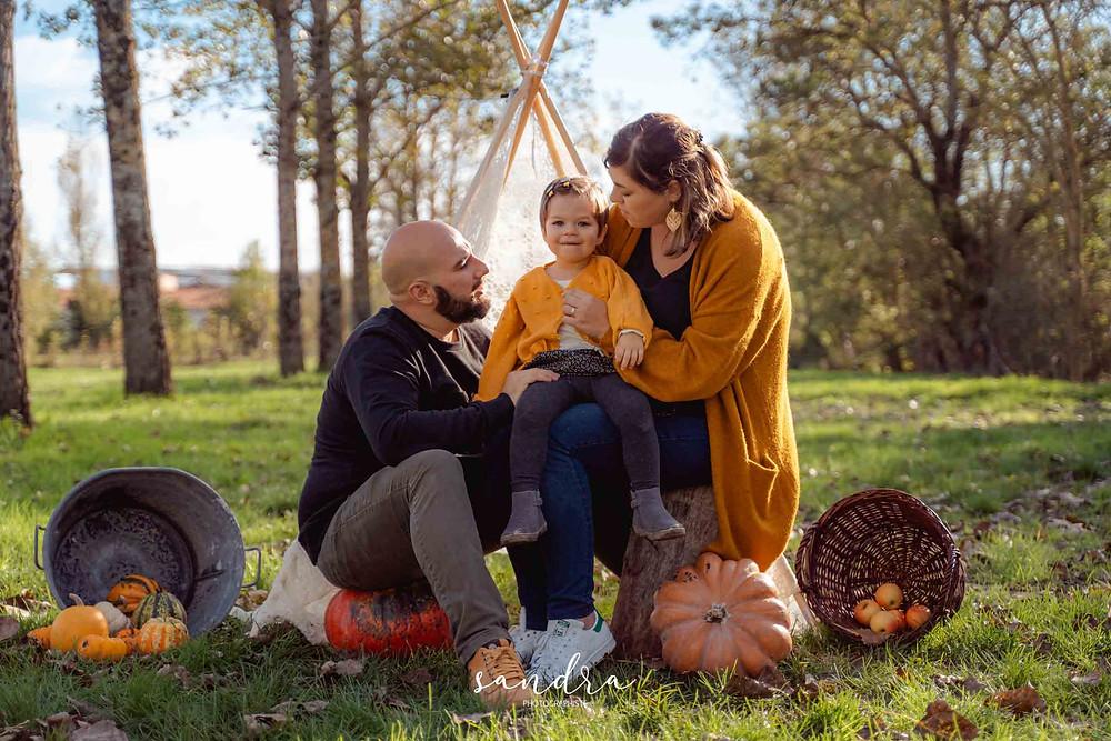 photo de famille en automne lifestyle à la rochelle