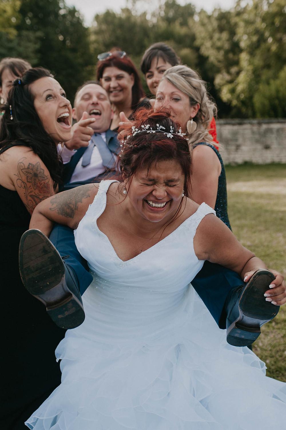 photographe-fun-rire-mariage-niort-domaine-de-la-gravette