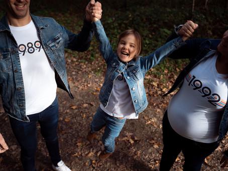 Photos de grossesse en famille, en forêt • La Rochelle