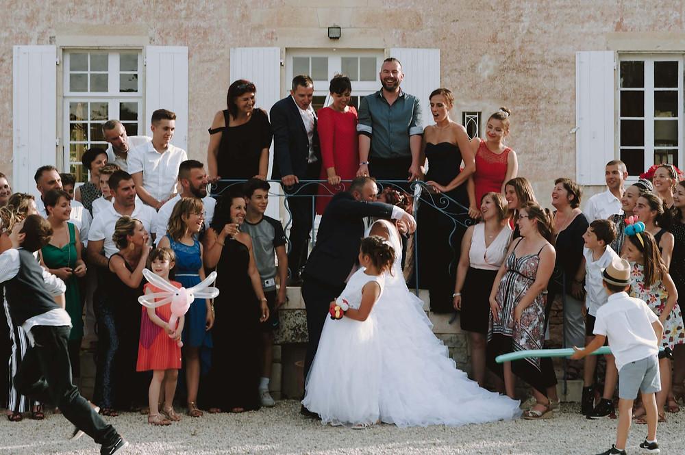 photo-de-groupe-mariage-niort-domaine-de-la-gravette