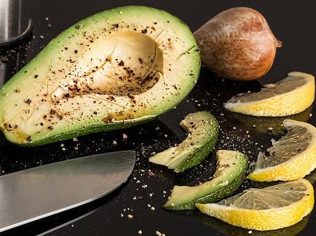Avocado Pepper Salad