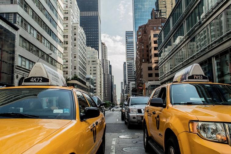 taxi-381233.jpg