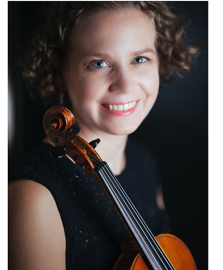 ashley violin 2.jpg