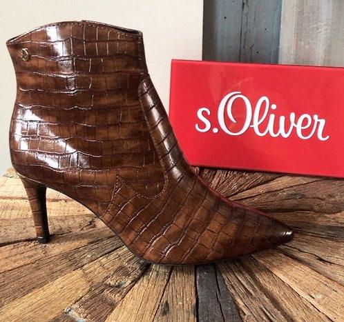 S. Oliver Cognac croc heels