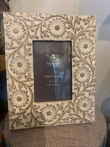 Hand carved photo frame 6 x 4