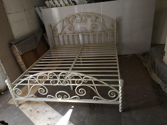 """Двуспальная кровать """"Луна"""""""