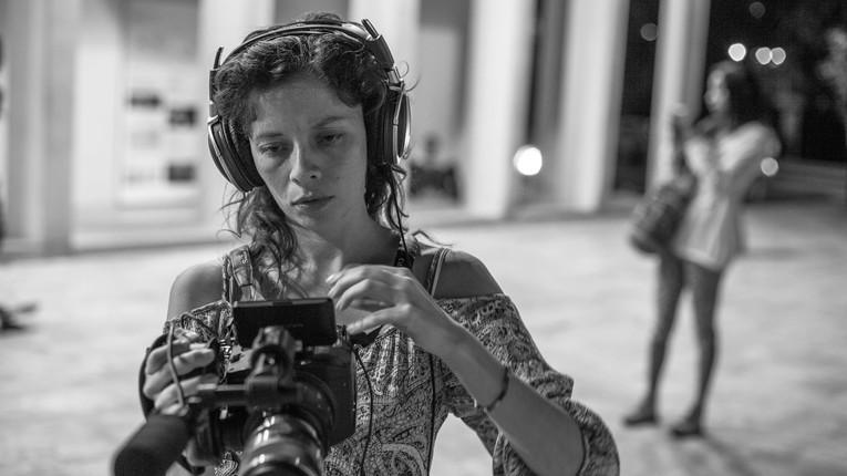 Videógrafa - Montajista - Investigadora - Productora
