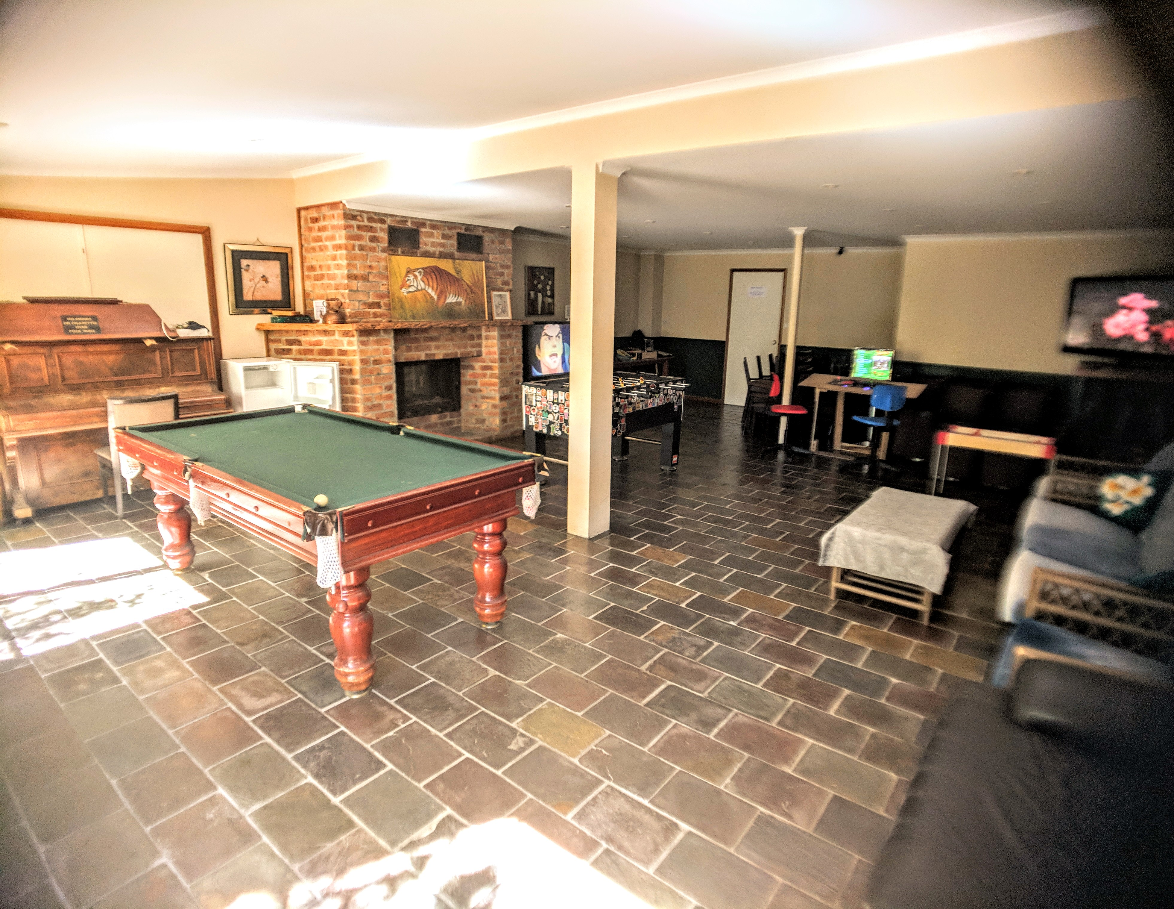 Redbrow Garden Games Room