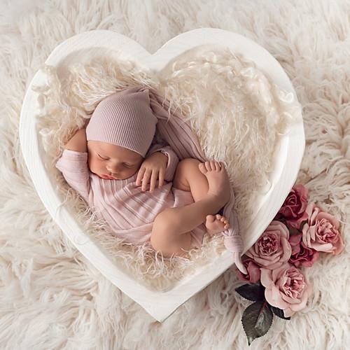 Perfectly Posed Newborn Gallery