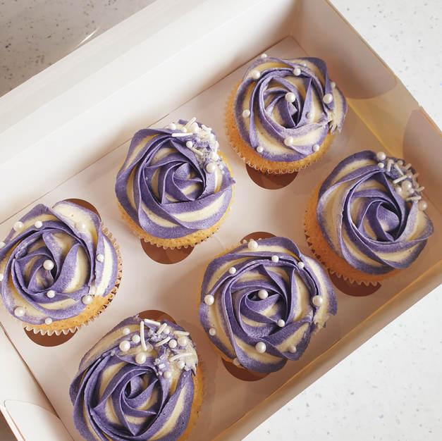 Purple and cream cupcakes