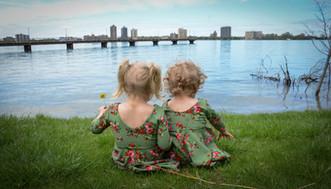 Sisters on Belle Isle