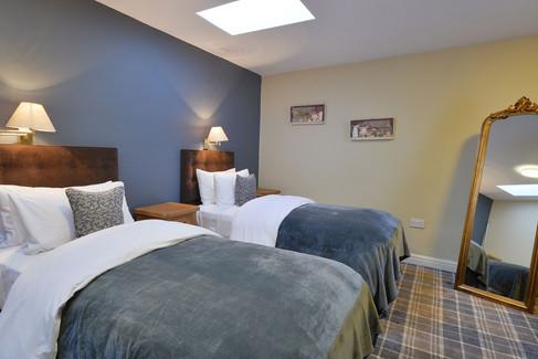 Room-9-4.jpg