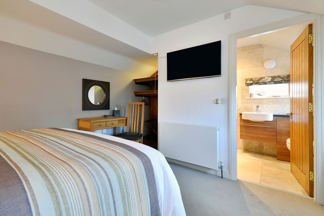 Room-12-3.jpg