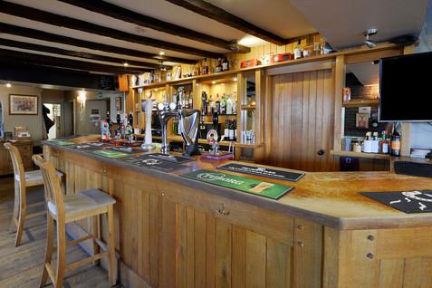 Bar-LR-9.jpg