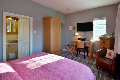 Room-7-4.jpg