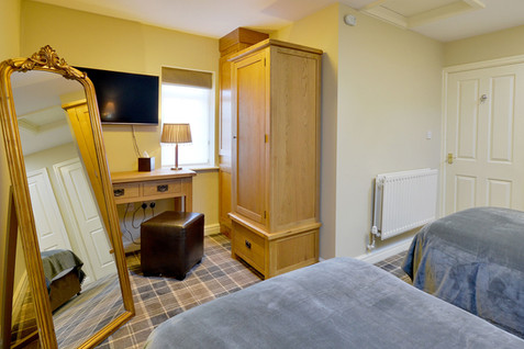 Room-9-5.jpg
