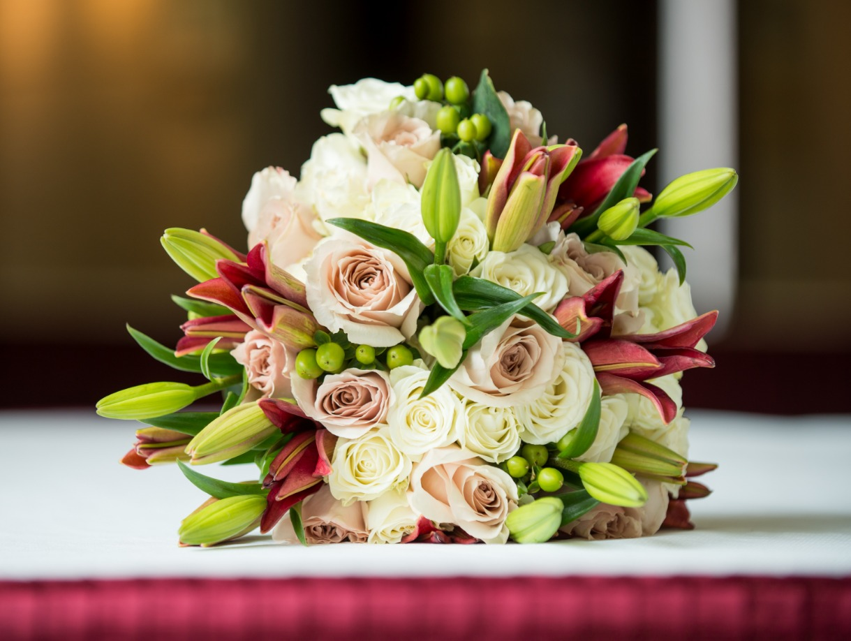 lori's bridal bouquet