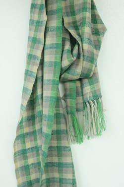 Pashmina scarf made in Mussoorie