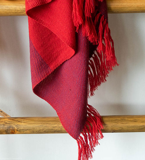 handwoven stole for women.jpg