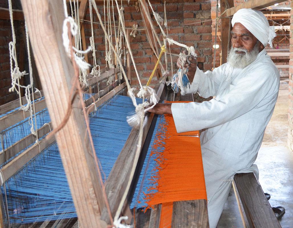 Handmade shawls in Mussoorie