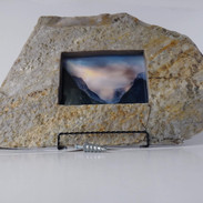stonepictureframe.jpg