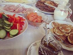 brunch_table