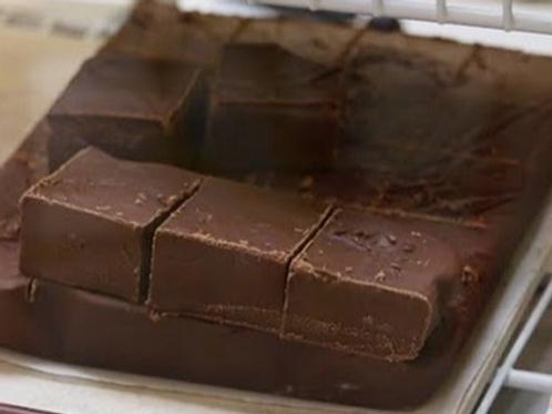1 Pound of Chocolate Fudge