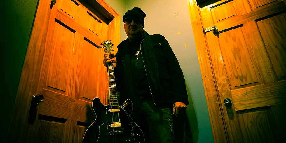 Live music with Keith Scott