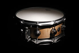 DW-Edge-Snare-Drum-Satin-Oi.jpg
