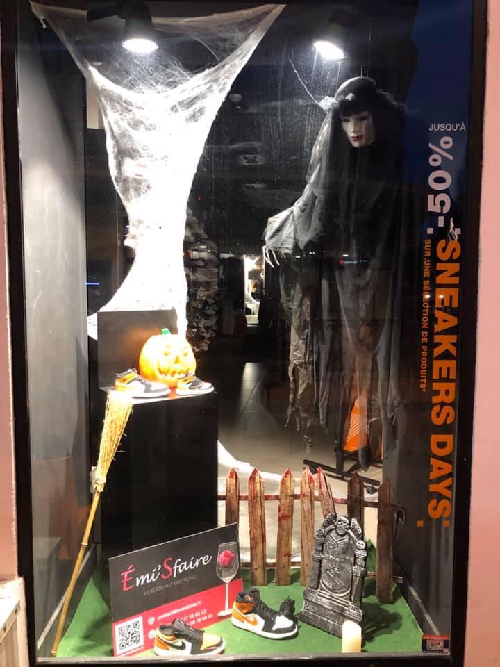 déco vitrine Halloween