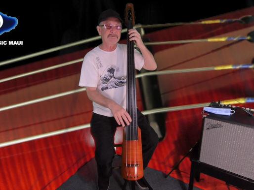 Marcus Johnson with the NS Design WAV4 Bass @ Bounty Music