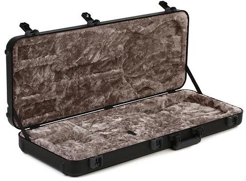 Deluxe Molded Strat/Tele Case - 099-6102-306    Fender