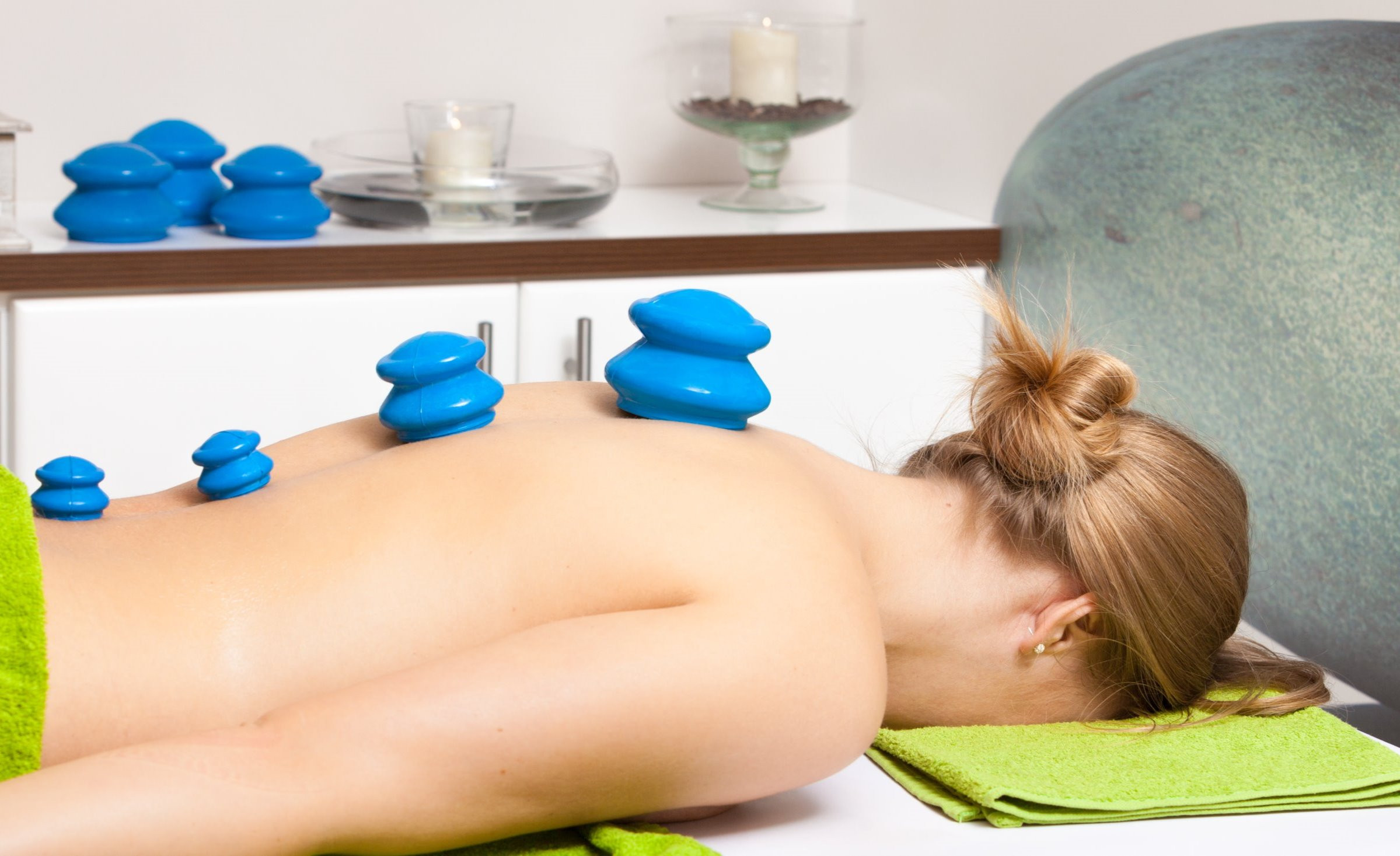 Cupping Massage (In Suite)