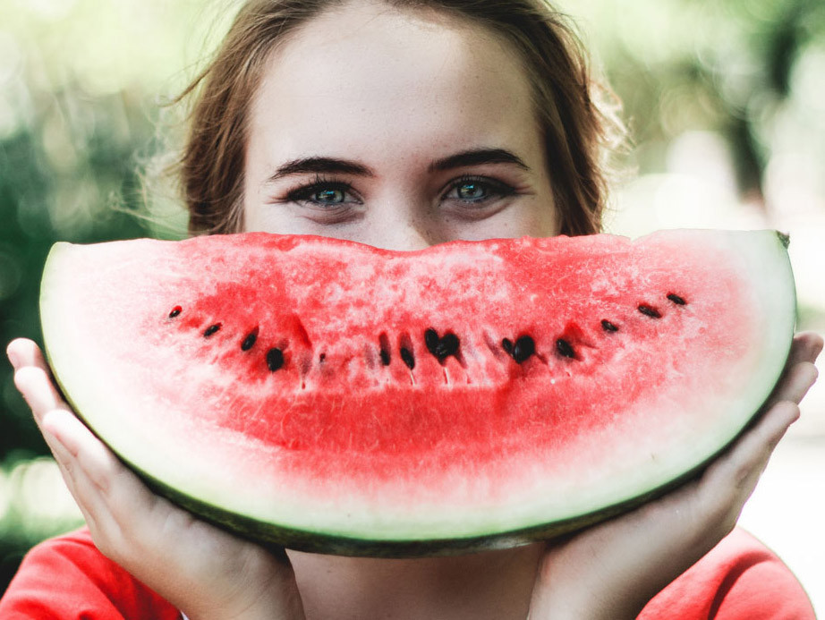 Watermelon - Juicy fruit - The optimal plant-based diet - The Art of Life