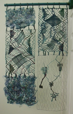Experiment with wire, wool and silk