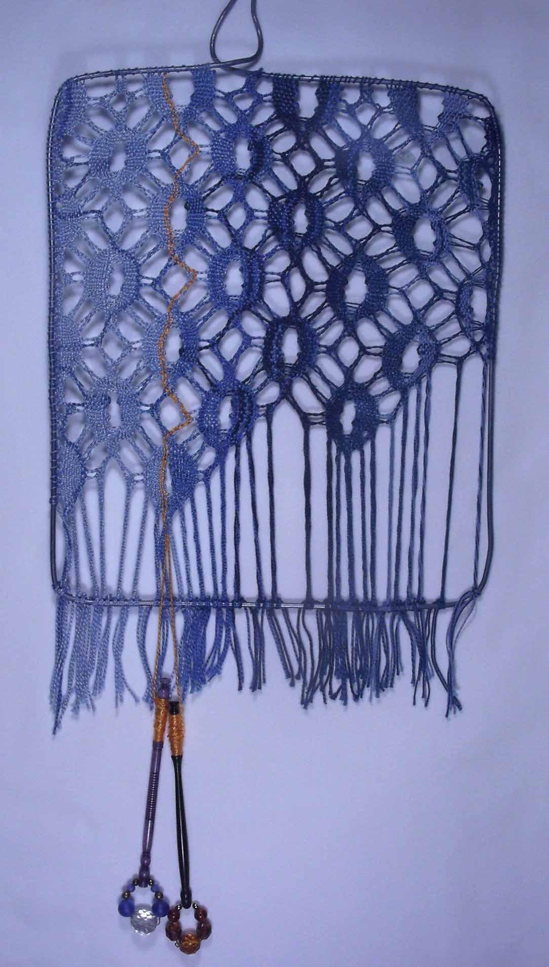 Binche filling hanging