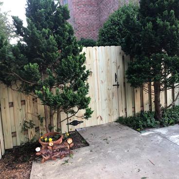FENCE REPAIR/GATE REBUILD