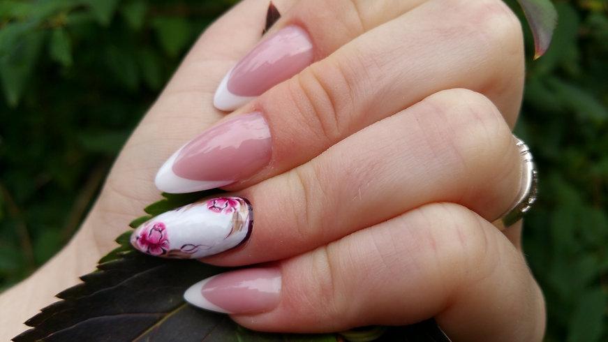 Gyönyörű műköröm - Szabina Nail Designert