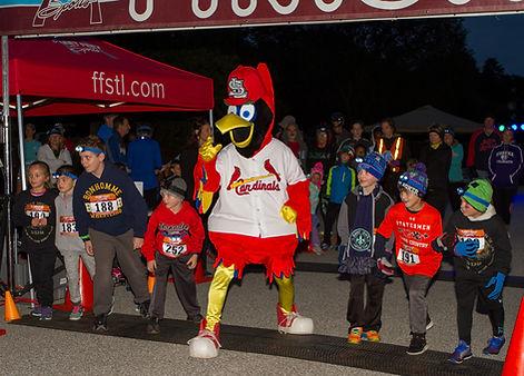 St Louis Cardinals Fred Bird Kids Glow Run