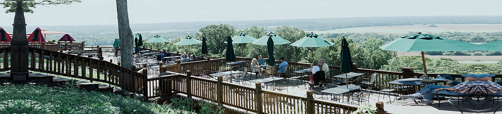 Augusta, MO Outdoor Dining - Missouri River Country Tourism