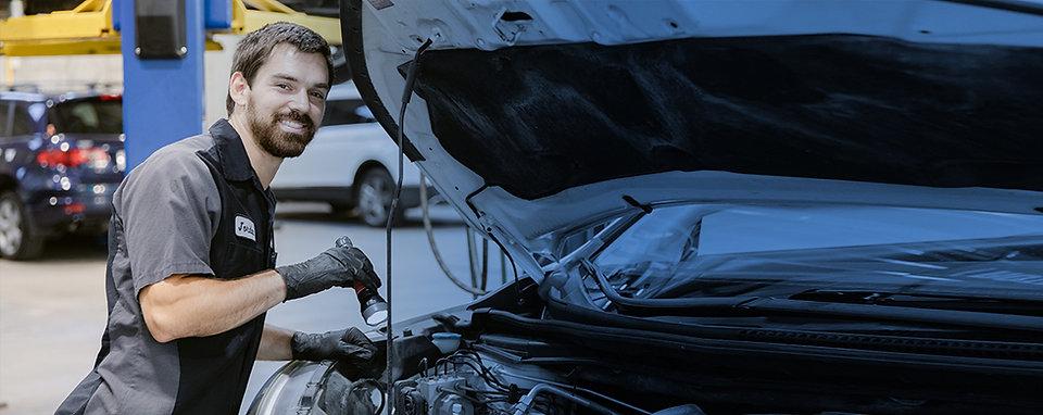 mechanic01.jpg