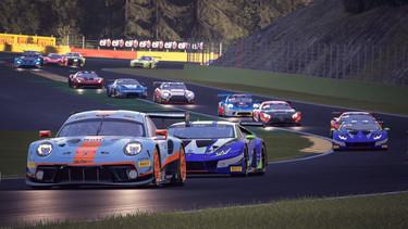 Spa-Francorchamps - Blanchimont >Bus Stop Porsche GT3R