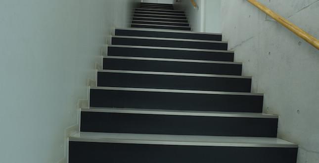 階段(2~3F)3
