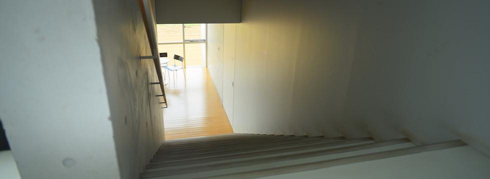 階段(2~3F)7