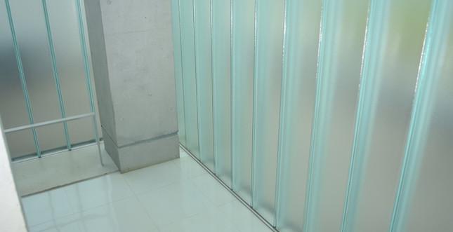 階段(2~3F)6