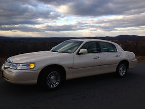 Liebling Car Service Airport Transportation, Day Spa Transport, Night out on the town, Casino Trips