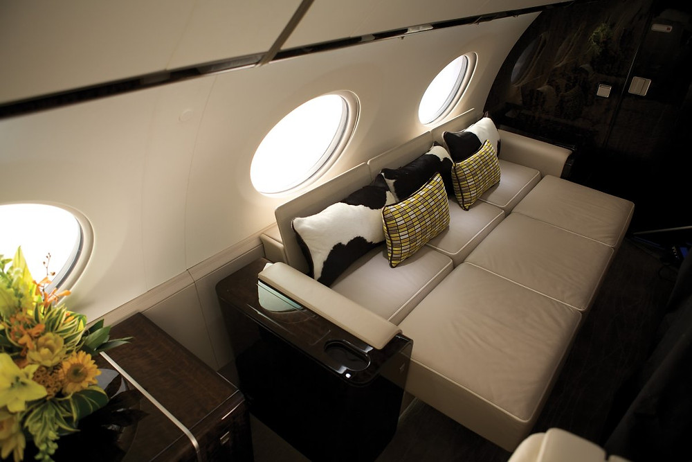 G650-interior_seats-converted-to-bed.jpg