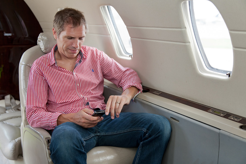 10 RULES OF PRIVATE JET-IQUETTE.jpg
